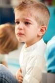 kind met buikpijn